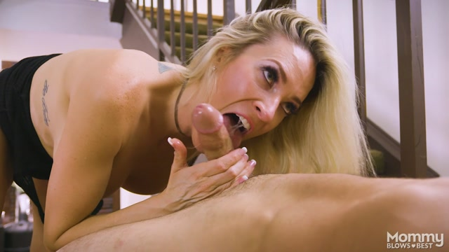 MyXXXPass_-_MommyBlowsBest_presents_Blake_Morgan_in_You_Suck_At_Cleaning_-_04.10.2017.mp4.00009.jpg