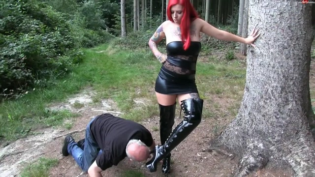 Watch Online Porn – Mydirtyhobby presents Bonnie-Stylez – Piss-Sklave offentlich benutzt – Piss slave used publicly (MP4, FullHD, 1920×1080)