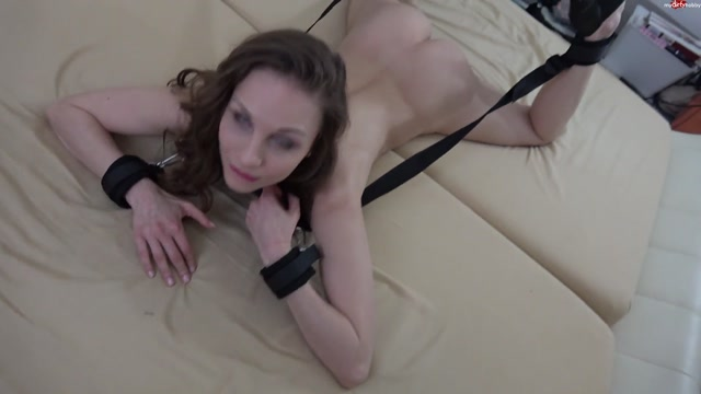 Mydirtyhobby_presents_MaryWet_-_Komplett_wehrlos_-_Gefugiges_Flittchen_gehort_dir__-_Completely_defenseless_-_docile_bitch_is_yours_.mp4.00001.jpg
