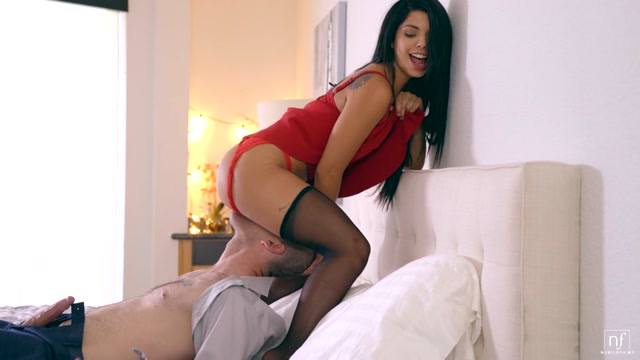 Watch Online Porn – NubileFilms presents Gina Valentina in Unspoken – 07.10.2017 (MP4, SD, 960×540)