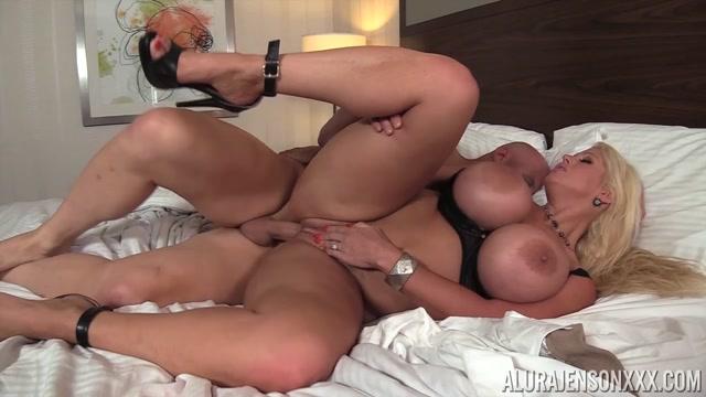 Watch Online Porn – Pornstarplatinum presents Alura Jenson in Hard Dreams Cum True – 05.10.2017 (MP4, HD, 1280×720)