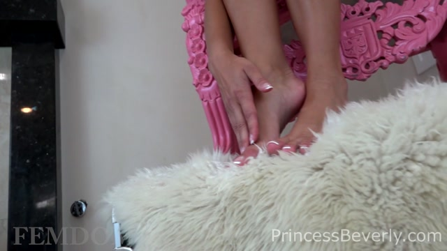 Watch Online Porn – Princess Beverly in Enslaved By My Feet (MP4, FullHD, 1920×1080)