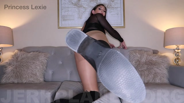 Princess_Lexie_in_Lick_My_Boots_Clean_JOI.mp4.00002.jpg
