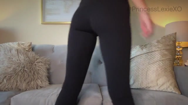 Watch Online Porn – Princess Lexie in Quickie Lululemon Worship (MP4, HD, 1280×720)