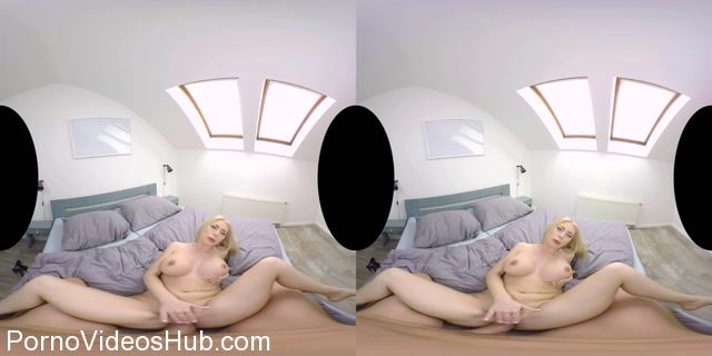Realitylovers_presents_Isabella_Clark_in_Exhibitionist_Girl_-_POV_-_25.10.2017.mp4.00006.jpg