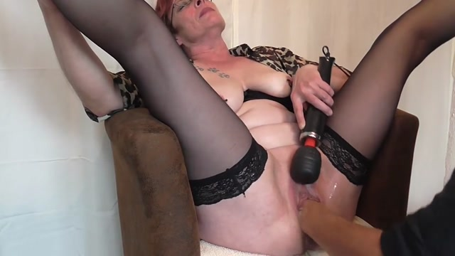 SicFlics_presents_Squirting_fisting_orgasms_-_13.10.2017.mp4.00011.jpg