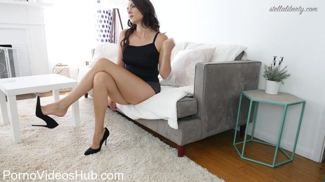 Watch Online Porn – Stella Liberty in Crossed Legs Slave (MP4, FullHD, 1920×1080)