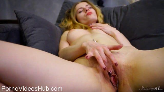Watch Online Porn – Stunning18 presents Rebecca G in Rebecca Nigh (MP4, FullHD, 1920×1080)