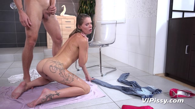 Watch Online Porn – VIPissy presents Claudia Macc in Claudia In The Shower – 09.10.2017 (MP4, FullHD, 1920×1080)