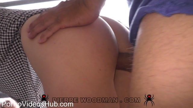 WoodmanCastingX_presents_Nikki_Stills_-_Hard_-_My_first_DP_with_3_men_-_26.10.2017.mp4.00003.jpg