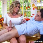 BangBros – MomIsHorny presents Cory Chase in Gobble On The Pussy Not The Pie – 18.11.2017