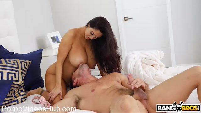 Watch Online Porn – BangBros – BigTitsRoundAsses presents Ava Addams Fucks the Best Man – 30.11.2017 (MP4, SD, 852×480)