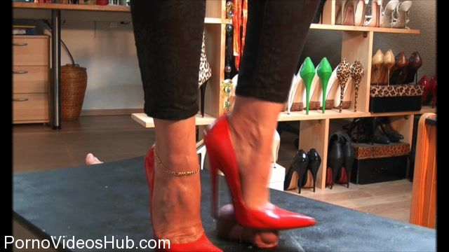 Watch Online Porn – Bound and Milked presents Red Elite Pumps On Trample Table 2 (MP4, HD, 1280×720)