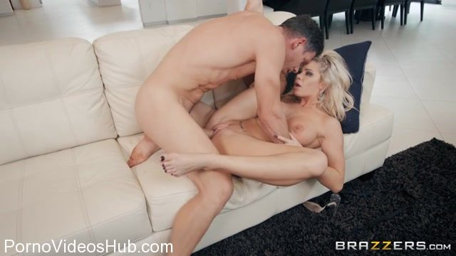 Brazzers_-_BrazzersExxtra_presents_Jessa_Rhodes_in_Follow_Me_-_22.11.2017.mp4.00013.jpg