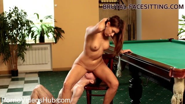 Watch Online Porn – Brutal-Facesitting presents Ani Blackfox is playing with her slave – 27.10.2017 (MP4, FullHD, 1920×1080)