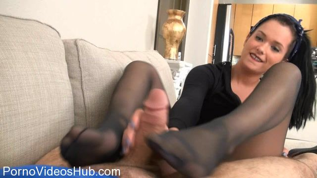 Watch Online Porn – Clips4sale – Bratty Babes Own You presents Maria Marley Real Life Ultra Stinky Footjob (WMV, FullHD, 1920×1080)