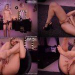 ManyVids Webcams Video presents Girl BlazeFyre in Daddys Foot Slut