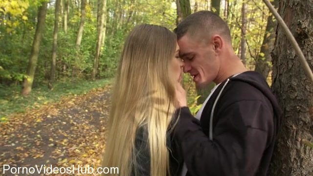 Watch Online Porn – DaneJones presents Selvaggia in Young Russian gives public blowjob – 04.11.2017 (MP4, SD, 854×480)