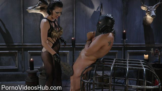 DivineBitches_presents_Vagina_Dentata__Olive_Glass_Unleashes_Her_Perfect_Cunt_Onto_Slave_Meat_-_07.11.2017.mp4.00007.jpg