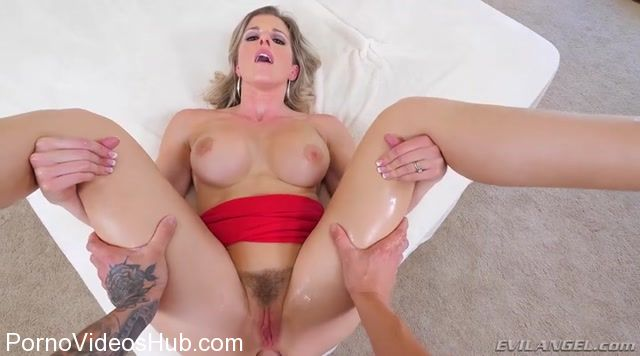 Watch Online Porn – EvilAngel presents Cory Chase in Cheating StepMILF Anally Mind-Fucked! (MP4, SD, 720×400)
