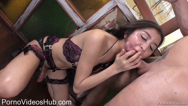 Watch Online Porn – EvilAngel presents Youlian, Alice G in Muscle Stud Sodomizes Thai Ladyboy (MP4, HD, 1280×720)