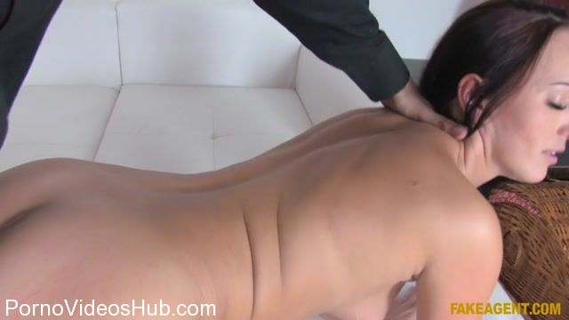 Watch Online Porn – FakeHub – FakeAgent presents Tina Belle aka Lana Belle in Double cumshot for horny agent – 13.11.2017 (MP4, SD, 854×480)