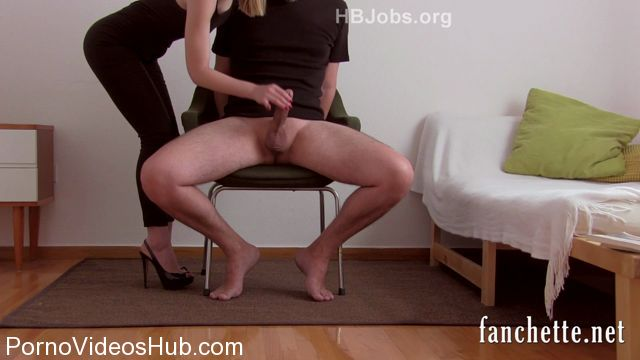 Fanchette_presents_Chronicles_of_Mlle_Fanchette_-_Homme_assis.mp4.00010.jpg