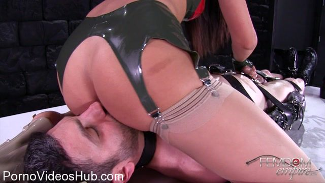 Femdomempire_presents_Ariana_Marie_in_Ruined_Opportunity_-_13.11.2017.mp4.00002.jpg