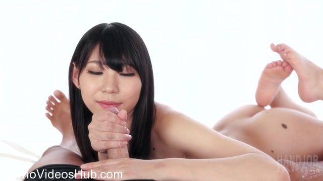HandjobJapan_presents_Cute_Aki_Tojo_Handjob.mp4.00014.jpg