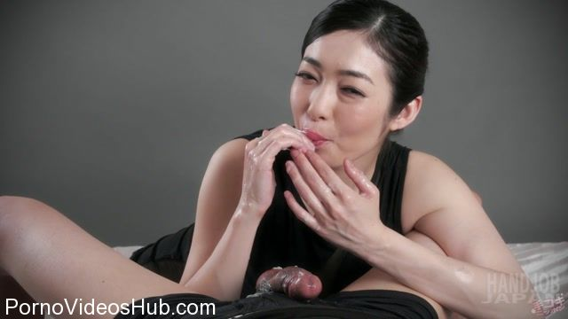 HandjobJapan_presents_Ryu_Enami_Sexy_Handjob.mp4.00015.jpg
