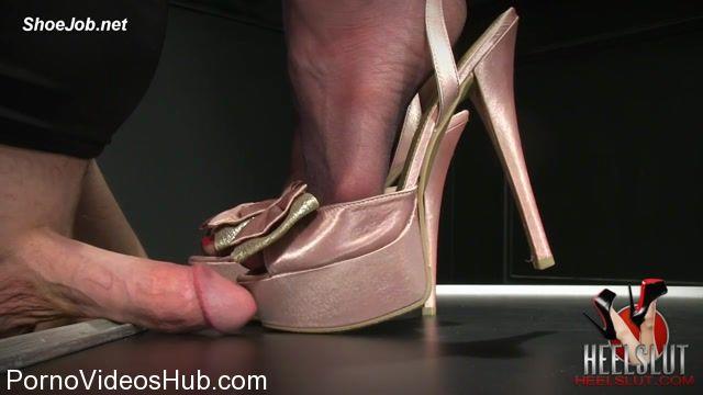 Watch Online Porn – Heel Slut presents Fuck Her Soles and Pretty Bows (MP4, HD, 1280×720)