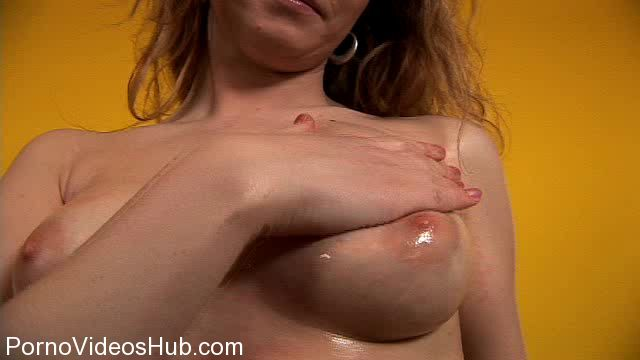 Her-Sweet-Hand_presents_HandJob_E108_-_Lily.wmv.00004.jpg