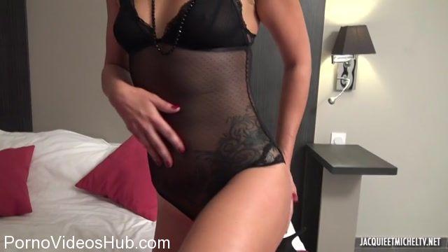Watch Online Porn – JacquieEtMichelTV presents Celia, jeux saphiques et partouze – 19.11.2017 (MP4, SD, 854×480)