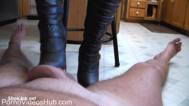 Watch Online Porn – Jewel Stone in Jewel give a hot boot job! (MP4, HD, 1280×720)