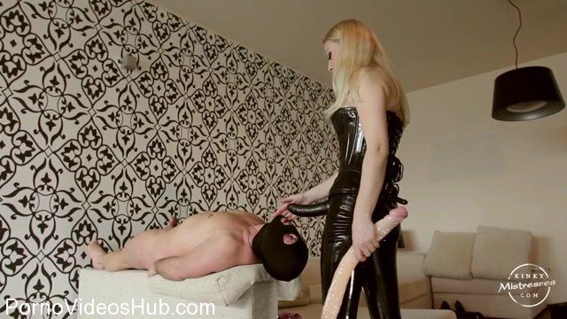 KinkyMistresses_presents_Lilse_von_Hitte_in_How_Deep_is_your_Throat.mp4.00004.jpg
