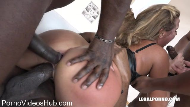 LegalPorno_presents_Bitch_Sofi_Goldfinger_deals_with_four_black_cocks_IV121_-_13.11.2017.mp4.00006.jpg