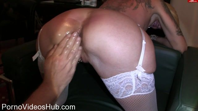 MyDirtyHobby_presents_lady-isabell666_in_Double_fisting_4.mp4.00000.jpg