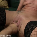 MyDirtyHobby presents lady-isabell666 in Echtes Uservideo mit ML280111 Teil 1