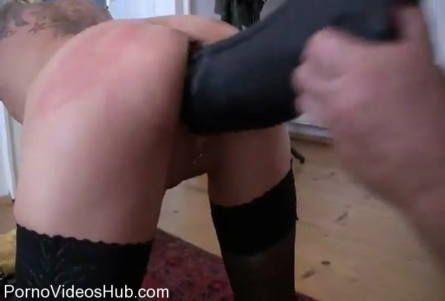 MyDirtyHobby_presents_lady-isabell666_in_Giant_dildo_fucking.mp4.00005.jpg