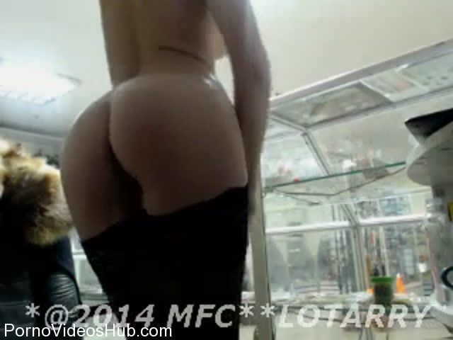 Watch Online Porn – MyFreeCams Webcams Video presents Girl Darling_Annet in YOU__LOVE-MFC-201412141500 (MP4, SD, 320×240)