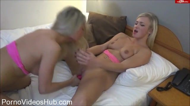 Watch Online Porn – Mydirtyhobby presents Lana-Giselle in Cum Battle- Blonde Teenie-Schlampen 05.02.16 NO ORIGINAL (FLV, HD, 1280×720)