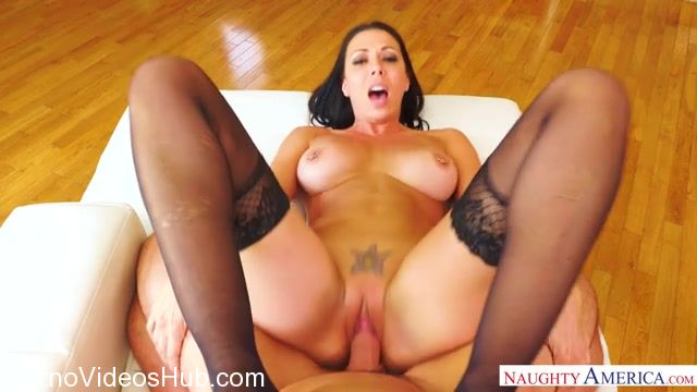 Watch Online Porn – NaughtyAmerica – Housewife1On1 presents Rachel Starr 23487 – 18.11.2017 (MP4, SD, 640×360)