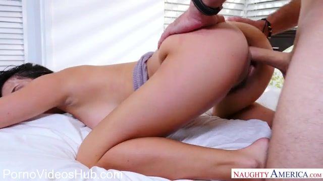 Watch Online Porn – NaughtyAmerica – NaughtyRichGirls presents Ashley Adams 23535 – 30.11.2017 (MP4, SD, 640×360)