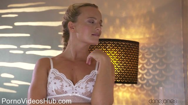 Watch Online Porn – SexyHub – DaneJones presents Victoria Pure in Sweet blonde babe romantic creampie – 10.11.2017 (MP4, SD, 854×480)
