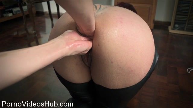 SicFlics_presents_Double_anal___pussy_fisting_-_07.11.2017.mp4.00014.jpg