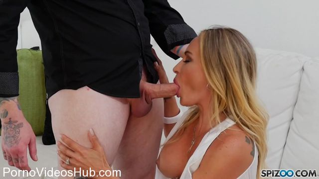 Watch Online Porn – Spizoo presents Claudia Valentine BBF – 29.11.2017 (MP4, SD, 960×540)