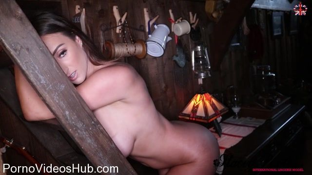 Watch Online Porn – StaceyPoole presents Stacey Poole in Cabin Love (MP4, FullHD, 1920×1080)