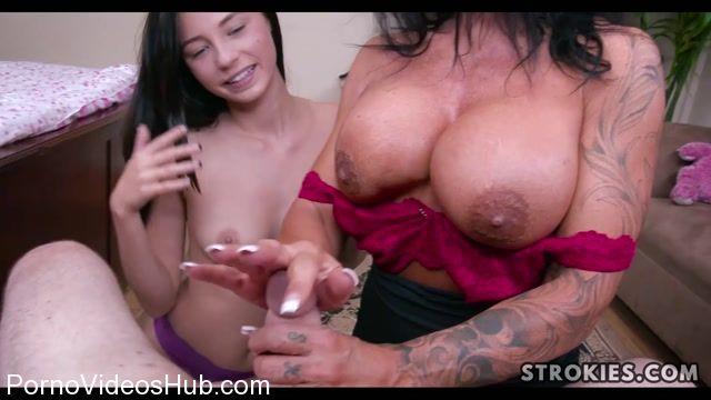 Watch Online Porn – Strokies presents Mature Stepmom Teaches Cute Teen to Give Handjob (MP4, FullHD, 1920×1080)