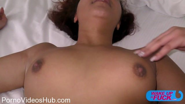 WakeUpNFuck_presents_Tori_Stone_Wunf_230_-_19.11.2017.mp4.00004.jpg
