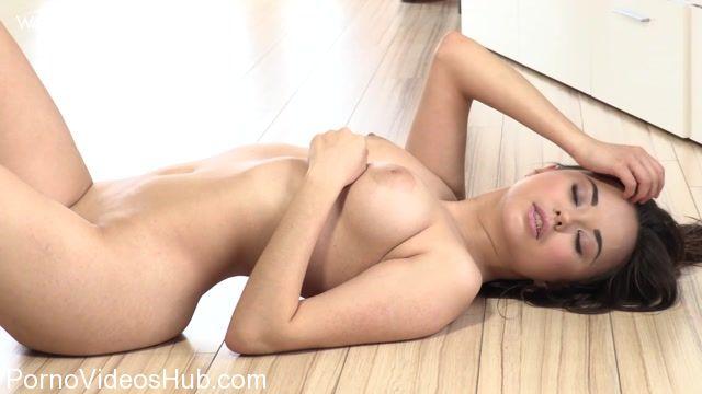 Watch Online Porn – Watch4Beauty 20160306 LiMoon in Feeling horny (MP4, FullHD, 1920×1080)